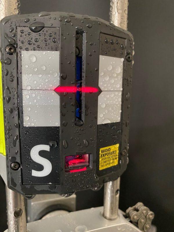 Căn chỉnh bằng laser và ảnh hưởng của độ ẩm cao