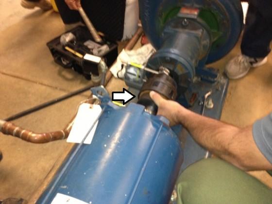 Cách để giảm thiểu ảnh hưởng do phản ứng dữ dội của khớp nối khi đo sai lệch.