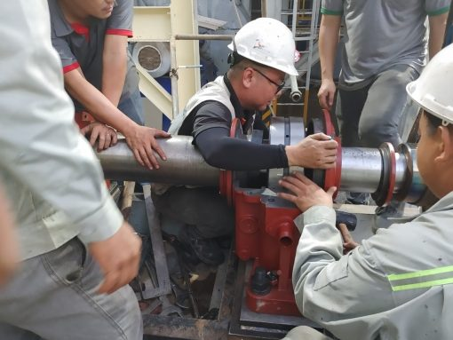 Máy phát điện khẩn cấp: Giúp Chương trình có thể duy trì và tiếp tục